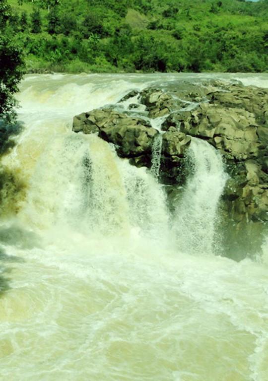 Xứ sở của những ngọn thác thiêng tuyệt đẹp - Ảnh 7.