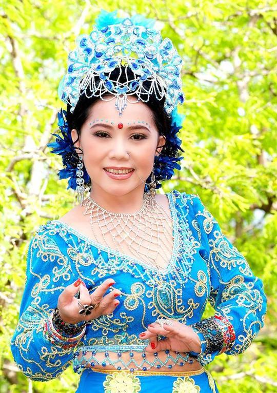 Cô Tấm Bạch Lan của gia tộc Huỳnh Long qua đời - Ảnh 2.
