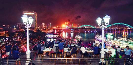 Độc đáo khu ẩm thực thương hiệu 99+ Sky Lounge tại Đà Nẵng - Ảnh 2.