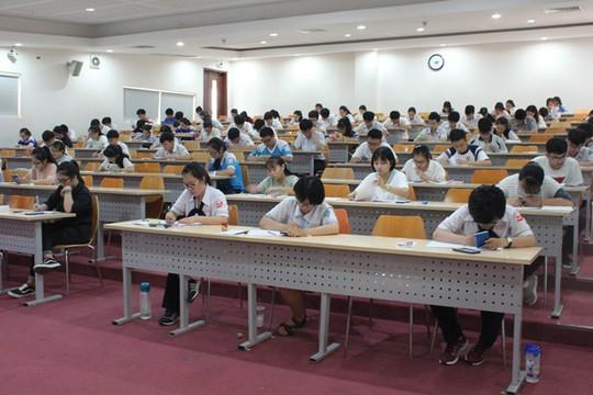 Hồ sơ dự thi kiểm tra năng lực Trường ĐH Quốc tế tăng gấp 3 lần - Ảnh 1.