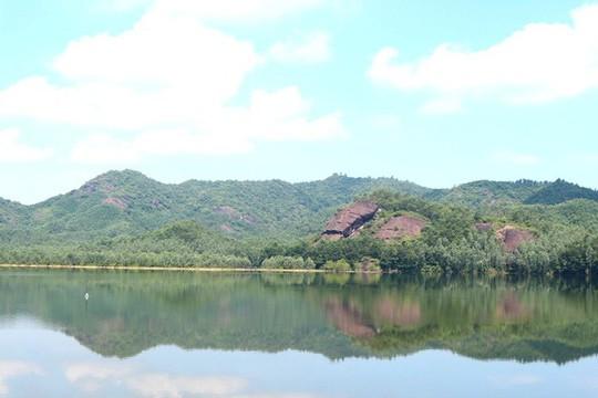 Ngắm cánh đồng sen tuyệt đẹp ở Quảng Nam - ảnh 10