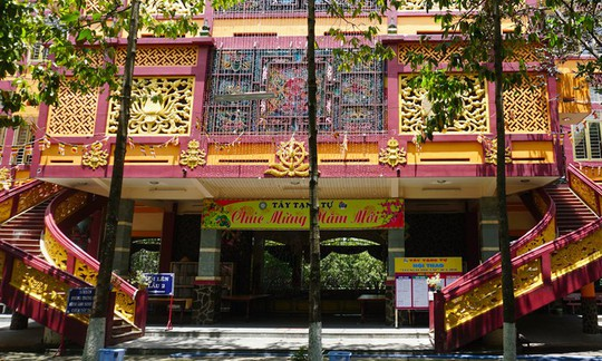 Chùa có tượng Phật bằng tóc người lớn nhất Việt Nam - Ảnh 8.