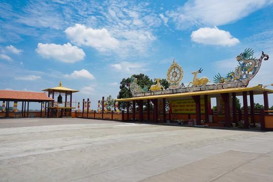 Chùa có tượng Phật bằng tóc người lớn nhất Việt Nam - Ảnh 9.