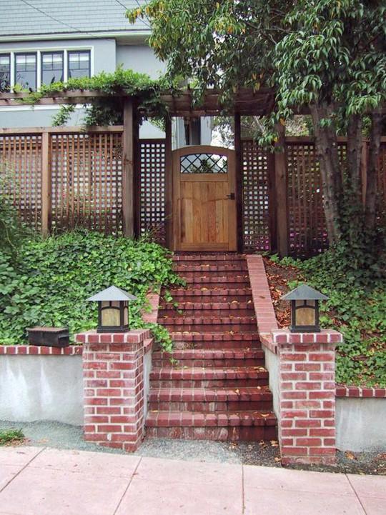 10 mẫu hàng rào đẹp, tiết kiệm chi phí cho khu vườn nhà bạn - Ảnh 10.