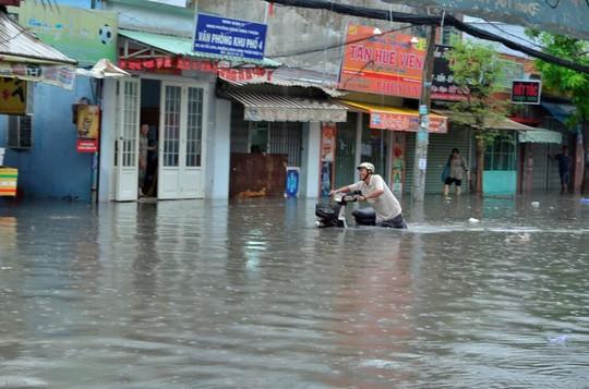 """Bí quyết mua nhà """"thời ngập lụt"""" - Ảnh 1."""