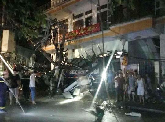 Tai nạn kinh hoàng ở Cát Bà, 4 người thương vong, mất điện diện rộng - Ảnh 8.
