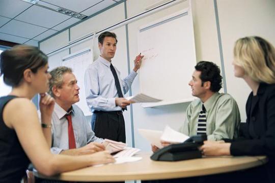 Tránh hiểu lầm sếp và nhân viên