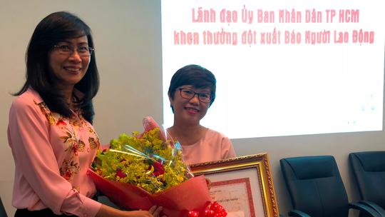 Thác loạn giữa Sài Gòn: UBND TP HCM khen thưởng đột xuất Báo Người Lao Động - Ảnh 3.