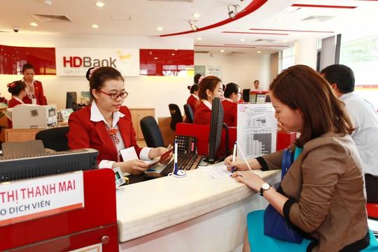 HDBank cộng thêm 0,7%/năm lãi suất cho người gửi tiết kiệm từ 28 tuổi trở lên - Ảnh 1.