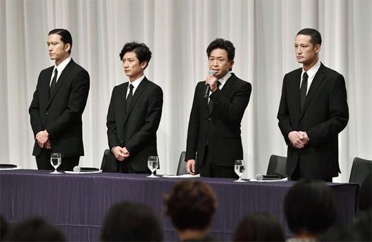 Cưỡng hôn nữ sinh 14 tuổi, ca sĩ Nhật Bản tiêu tan sự nghiệp - Ảnh 2.