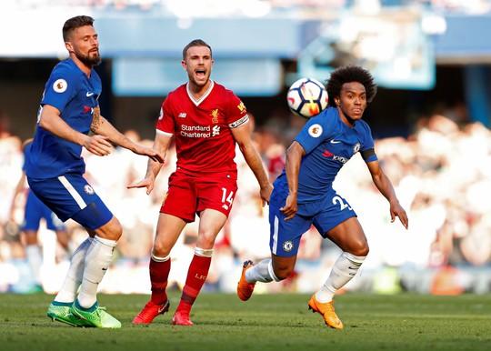 Đánh bại Liverpool, Chelsea khiến cuộc đua vào tốp 4 kịch tính - Ảnh 1.