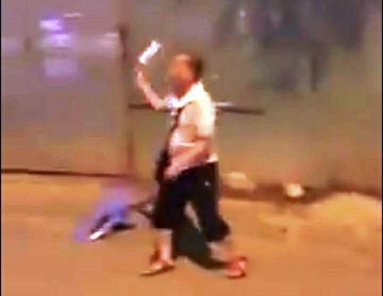 Vụ khách Trung Quốc bị đánh te tua ở Nha Trang: Chủ nhà hàng nói gì? - Ảnh 2.