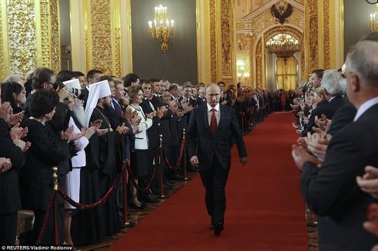 Ông Putin cảm ơn ông Medvedev, tiết lộ mục tiêu quan trọng - Ảnh 3.
