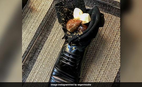 Israel dại dột đãi Thủ tướng Nhật ăn trong giày - Ảnh 2.