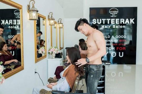 Salon Thái Lan thuê trai đẹp cởi trần gội đầu cho khách - Ảnh 3.