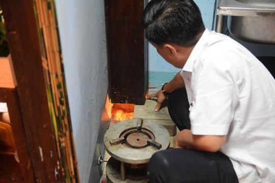 Uống cà phê vợt, khám phá hầm bí mật của Biệt động Sài Gòn - Ảnh 10.