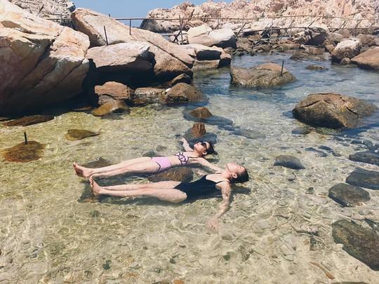 Ghé Nha Trang hè này, khám phá bãi tắm đôi duy nhất ở Việt Nam - Ảnh 5.
