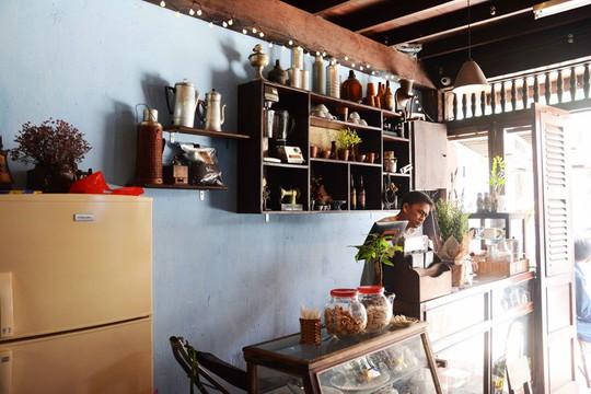 Uống cà phê vợt, khám phá hầm bí mật của Biệt động Sài Gòn - Ảnh 14.