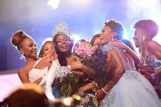 Lộ diện thêm nhan sắc tranh Hoa hậu Thế giới 2018 - Ảnh 8.