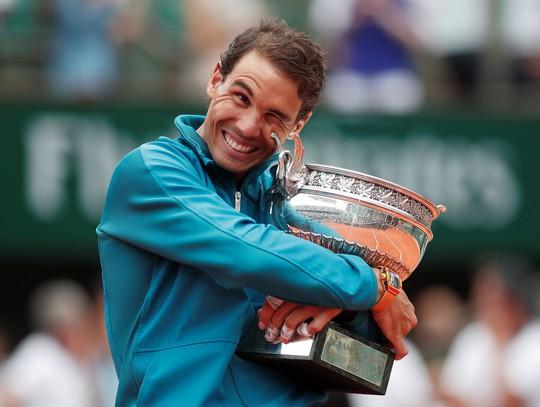 Thắng trắng chung kết, Nadal lần thứ 11 lên ngôi vương Roland Garros - Ảnh 3.