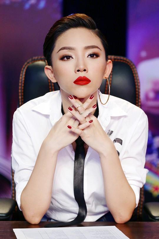 Tóc Tiên nói về đối thủ lớn nhất ở showbiz - Ảnh 1.