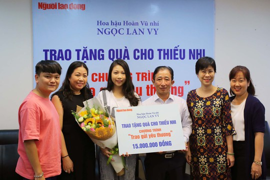 Hoa hậu Hoàn Vũ nhí ủng hộ trẻ em có hoàn cảnh khó khăn - Ảnh 5.