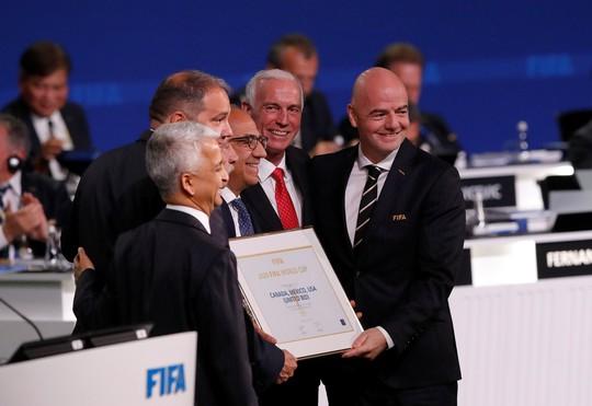 Liên danh 3 nước Bắc Mỹ giành quyền đăng cai World Cup 2026 - Ảnh 4.