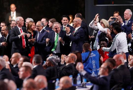 Liên danh 3 nước Bắc Mỹ giành quyền đăng cai World Cup 2026 - Ảnh 3.