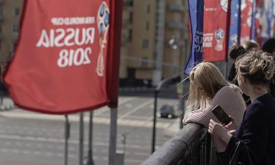 """Quan chức Nga cảnh báo phụ nữ về """"chuyện ấy"""" với người nước ngoài - Ảnh 1."""