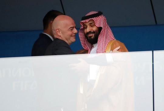 Dập tắt tin đồn đã chết, Thái tử Ả Rập Saudi tới Nga - Ảnh 1.