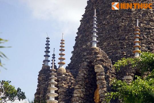 Cận cảnh tòa tháp vỏ ốc độc nhất vô nhị Việt Nam - Ảnh 16.
