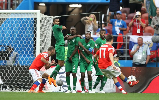 Nga - Ả Rập Saudi 5-0: Thắng đậm vì đối thủ quá yếu - Ảnh 1.