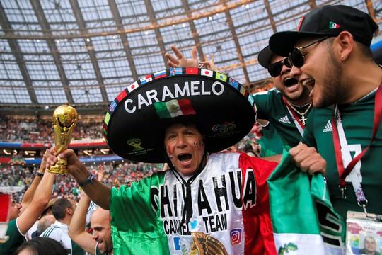 Mexico thắng sốc đương kim vô địch thế giới - Ảnh 8.
