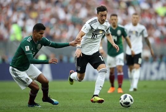 Mexico thắng sốc đương kim vô địch thế giới - Ảnh 2.
