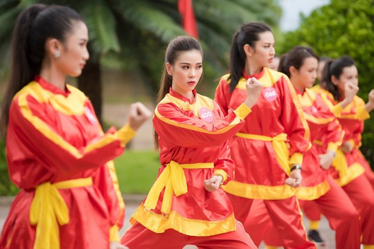 Ngắm thí sinh Hoa hậu Việt Nam 2018 luyện võ - Ảnh 3.