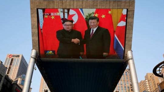 Tiết lộ cuộc nói chuyện giữa hai ông Tập Cận Bình và Kim Jong-un - Ảnh 2.