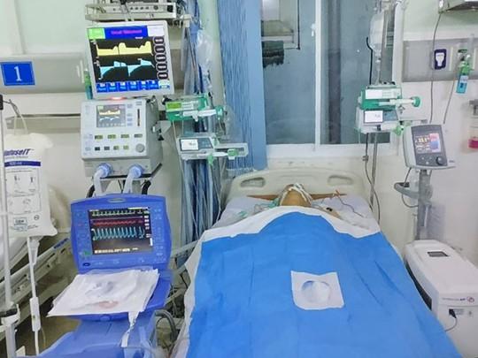 Hạ thân nhiệt, cứu Việt kiều ngưng tim nhiều lần - Ảnh 1.