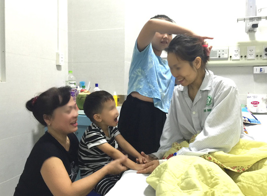 Sốc phản vệ thuốc trị dạ dày, nữ bệnh nhân trẻ bất ngờ hôn mê - Ảnh 1.