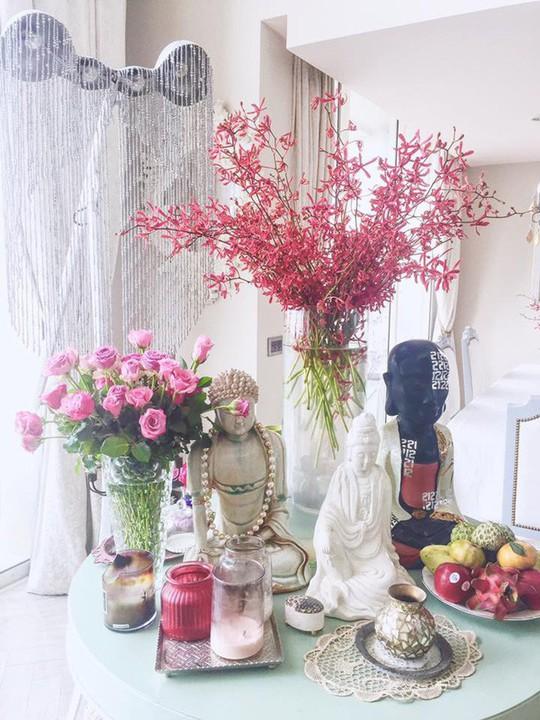 Ngắm hai căn hộ xa hoa bậc nhất showbiz Việt của nhà thiết kế Lý Quí Khánh - Ảnh 7.