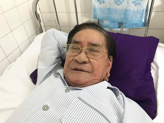 NSƯT Nam Hùng lại vào bệnh viện cấp cứu - Ảnh 1.