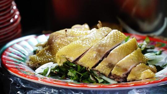 Quán cơm gà hơn nửa thế kỷ giữa lòng phố cổ Hội An - Ảnh 8.