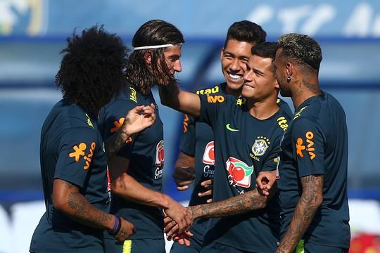 Soi kèo mới nhất 2 trận có Brazil và Đức đêm nay - Ảnh 1.