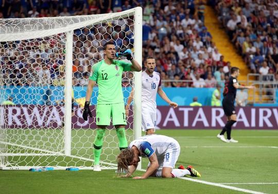 Iceland trắng tay, Argentina đoạt vé nghẹt thở trước Nigeria - Ảnh 3.