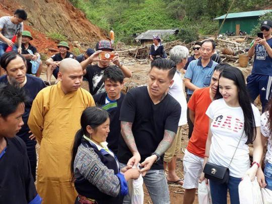 Sao Việt chung tay giúp người dân Hà Giang gặp nạn do mưa lũ - Ảnh 2.