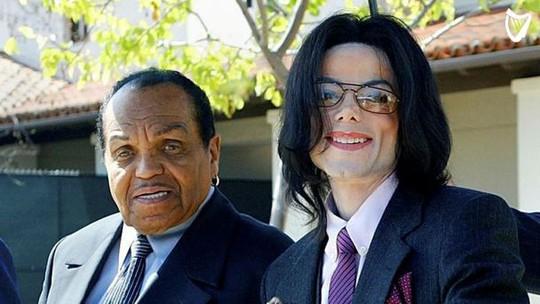 Cha huyền thoại Michael Jackson qua đời vì ung thư - Ảnh 1.