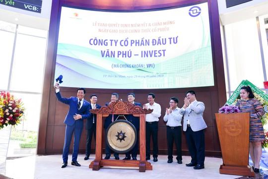 Văn Phú – Invest niêm yết cổ phiếu trên sàn HOSE - Ảnh 1.