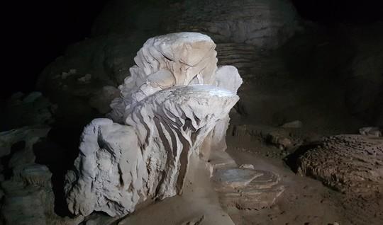 Khám phá Hang Én, hang động lớn thứ ba thế giới - Ảnh 15.