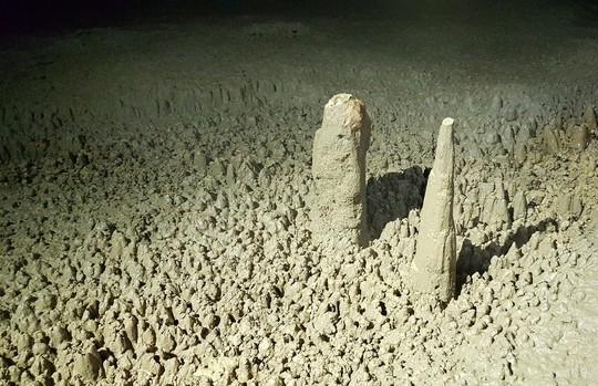 Khám phá Hang Én, hang động lớn thứ ba thế giới - Ảnh 17.