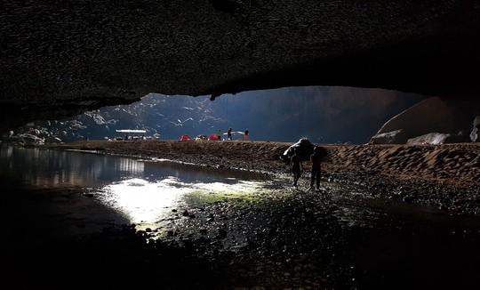 Khám phá Hang Én, hang động lớn thứ ba thế giới - Ảnh 18.