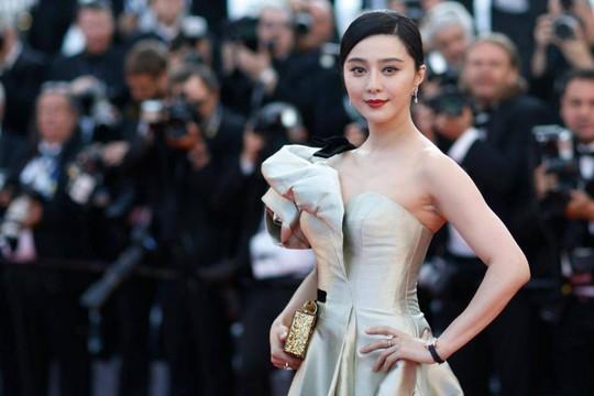Trung Quốc khống chế thù lao của các diễn viên ngôi sao - Ảnh 1.